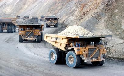 PCM plantea que gobiernos regionales se queden solo con la supervisión a mineras