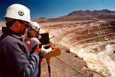 SNMPE pide facilitar condiciones para exploración minera intensiva en el Perú