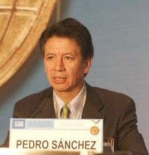 Ministro Pedro Sánchez: con transparencia se superará crisis de confianza en el pa&iac